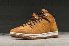 Nike Dunk Comfort SneakerBoot: Wheat