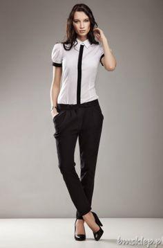 Spodnie z obnizonym stanem i zwęzanymi nogawkami. Długość 7/8 wspaniale komponuje się z wysokimi szpilkami. Tegoroczny strzał w dziesiątkę ! Skład: 73% #bawelna, 22% #poliester, 5% elastan... #Spodnie - http://bmsklep.pl/spodnie