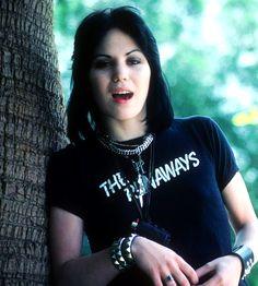 Joan Jett, 1977