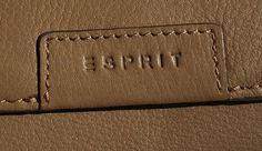 kožené dámske pňaženky | ESPRIT (Germany) - značková peňaženka - dámska - kožená (trifold) | NajŠperk.sk - šperky, oceľové šperky, klenoty, oceľové, náramky, retiazky, prívesky Continental Wallet