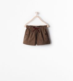 http://www.zara.com/us/en/kids/girl-%283-14-years%29/skirts-and-shorts/piped-checked-shorts-c269257p2321022.html