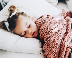 16 girl names that will be a trend during 2019 - Home Lil Baby, Little Babies, Cute Babies, Baby Kids, Babies R Us, Little People, Little Ones, Toddler Fashion, Kids Fashion