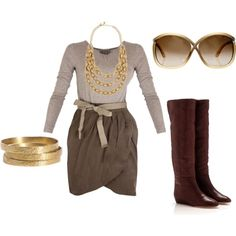 Although I like the boots, I think I'd wear this with a heel or wedge :)