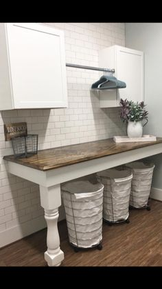 50 small laundry room decoration ideas for you act before it's too late 14 pag. 50 small laundry room decoration ideas for you act before it's too late 14 page 27 Mudroom Laundry Room, Laundry Room Remodel, Farmhouse Laundry Room, Laundry Room Organization, Laundry Room Design, Laundry In Bathroom, Laundry Room Countertop, Laundry Room Cabinets, Washroom