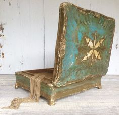 Vintage Italian Florentine gilt wood jewelry box by covetantiques