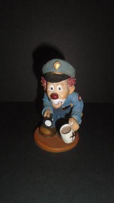 Cast Art Slapstix clown Serve & Protect 1997  Police Officer Figurine *Free Ship