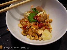 Kääpiölinnan köökissä: Helppo ja herkullinen Nasi goreng