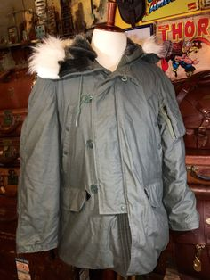 Vintage 1981 US AF Jacket Flying Man's Type by TheMaineVintage