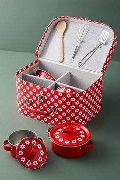 Slide View: 1: Daisy Childrenu0027s Cookware Set