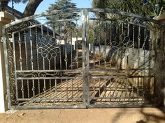 1000 Images About Gate Ideas On Pinterest Driveway Gate