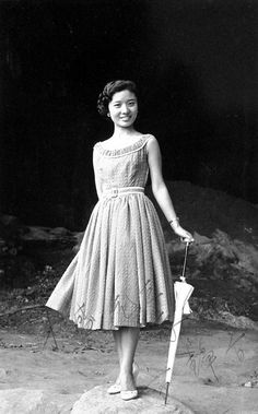 """And this is Fong Tsin Ying (方靜音), who also had a diminutive nickname: """"Little Chang Loo"""" (小張露). Like Chang Loo, Fong was known for her vivacious singing and stage presence. Sadly, her life was cut short in 1959 by a deadly traffic accident. Check out her fabulous version of Georgia Gibb's 1955 hit """"Kiss Me Another""""."""