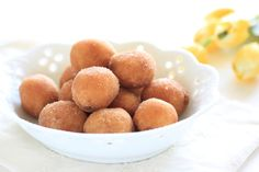 This Greek donut recipe makes for great party snacks, breakfast treats, or any time sweet treats! Donut Recipes, Wine Recipes, Gourmet Recipes, Snack Recipes, Dessert Recipes, Cooking Recipes, Greek Desserts, Greek Recipes, Greek Sweets