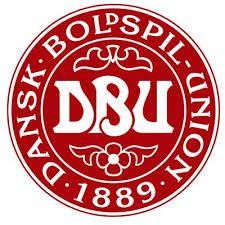 Dinamarca - DANSK BOLDSPIL-UNION Football Team Logos, National Football Teams, Team Page, Denmark, Clip Art, Sport, Fifa, Free Downloads, Badge