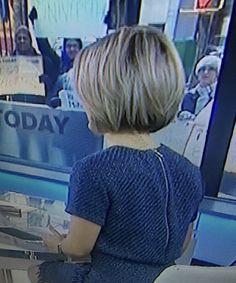 Dylan Dreyer on TODAY, 1-18-16, back of haircut