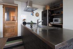 作業スペースの広いステンレスキッチン
