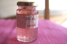 Cherry Blossom (sakura) jam by Takano, I have to look what kind of Cherryblossoms they use in their food :)