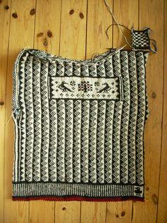 ASPLUND KNITS: Sweater progress
