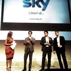 NC Digital Awards 2012. Nicola Novellone di SKY riceve il riconoscimento Best Digital Company e Mezzo Digitale dell'Anno. Hip hip urrrrah...