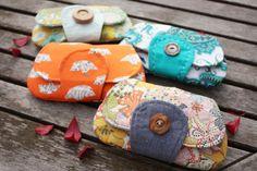 Noodlehead: pockets full of clutches  Kleine tasjes voor sleutel en telefoon...