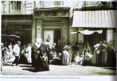 ALCOY Calle San Lorenzo mercado en 1910