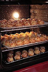 http://lamaisonnettedebarbichounette.over-blog.com/article-cooking-chef-chouquettes-77398761.html