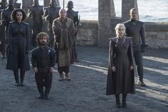 The cast is back in a first look at the new season of 'Game of Thrones'