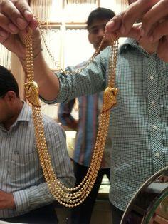 Chandra Haram Gold Chain Design, Gold Jewellery Design, Gold Wedding Jewelry, Gold Jewelry, Gold Necklace, Gold Earrings Designs, Necklace Designs, Gold Bangles, Making Ideas