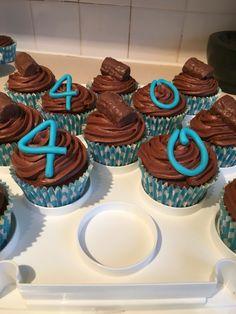 Mega chocolate birthday cakes for a 40th!