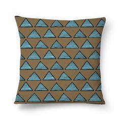 Almofada TRIBAL PAINTING de jefersoncalongana #colab55. Sofa Cushions, Throw Pillows, Arte Tribal, Painting, Couch Pillows, Sofa Pillows, Toss Pillows, Cushions, Painting Art