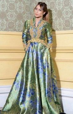 Caftan 2018 - Takchita   Robes Haute Couture in 2019  364a7a75e7a