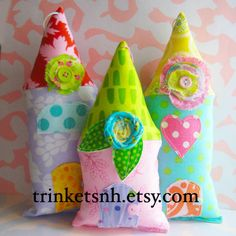 Lisa says: oh! So cute, bright and beautiful! Need to make some! :-)   Cute little fabric houses by me! :)