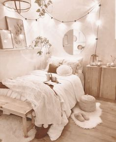 Cute Bedroom Decor, Room Design Bedroom, Teen Room Decor, Room Ideas Bedroom, Girl Bedroom Designs, Stylish Bedroom, Bedroom Inspo, Cozy White Bedroom, Cheap Bedroom Ideas