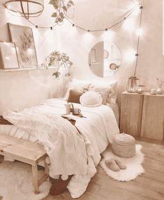 Cute Bedroom Decor, Room Design Bedroom, Girl Bedroom Designs, Stylish Bedroom, Room Ideas Bedroom, Bedroom Inspo, Cozy White Bedroom, Cheap Bedroom Ideas, Dream Bedroom