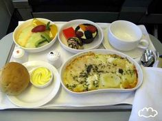 Saudi Arabian: Lunch | This Is What Food Looks Like On 18 Different Airlines