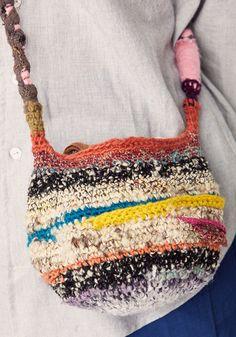 Jun 2019 - Circle Crochet Bag — Specks & KeepingsUnisex Clothing Hand Crochet, Crochet Stitches, Knit Crochet, Crochet Patterns, Loom Knitting Projects, Yarn Projects, Crochet Handbags, Crochet Purses, Textiles