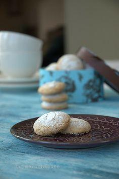 Turmeric n spice: Almond Macaroons