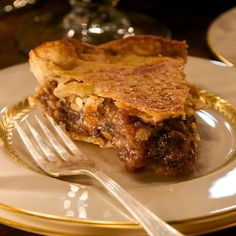 Holiday Mincemeat Pie in Recipes on The Food Channel® Mince Meat, Mince Pies, Pie Recipes, Dessert Recipes, Desserts, Greek Recipes, Baking Recipes, Recipies, English Christmas Dinner