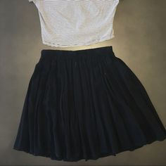 Flowy black skirt Flowy skater brandy Melville skirt Brandy Melville Skirts Circle & Skater