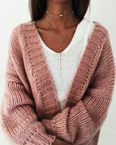 Find and save ideas about Stylish Knitted Outfit Ideas on Women Outfits. Fast Fashion, Look Fashion, Fashion Outfits, Womens Fashion, Fashion Fall, Fashion Online, Fashion Ideas, Outfits 2016, Fashion Trends