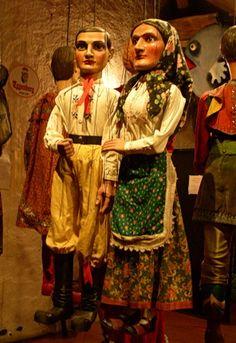 Marionette peasant couple. Puppet Museum. Cesky Krumlov, Czech Republic 2010