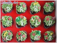 Cupcakes de chocolate con merengue decorados con bichitos para cumpleaños by IdeandoArt