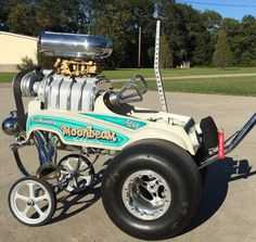"""Check This Out! JEGS Customer, Joel Cangiolosi, Shares His """"Moonbeam"""" Pedal Car Built With the Help of Full Blown Paint and Trashy Side Fabrication. Custom Radio Flyer Wagon, Radio Flyer Wagons, Go Kart, Supercars, Minis, E Motor, Automobile, Weird Cars, Kustom Kulture"""