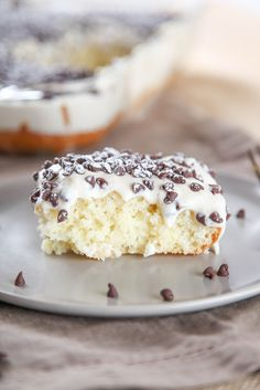 Cannoli Cake With Cannoli Cream Frosting