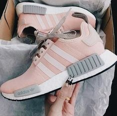 7c59cacea1e951 Cute sneakers. Adidas Outfits For Women