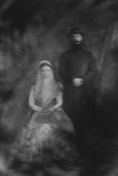 Fyodor Telkov - Tales   LensCulture Vintage Fotografie, Middeleeuwen, Mythologie, Sprookjes, Oceaan, Held