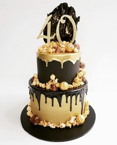 Black and Gold Birthday Drip Cake - - kuchen kindergeburtstag Elegant Birthday Cakes, 60th Birthday Cake For Men, Rustic Birthday Cake, Birthday Drip Cake, 40th Cake, Beautiful Birthday Cakes, Black And Gold Birthday Cake, Black And Gold Cake, Black Gold