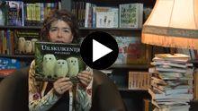 Dieuwertje Blok leest voor uit Uilskuikentjes. Een van de vele leuke voorleesverhaaltjes van Gottmer!