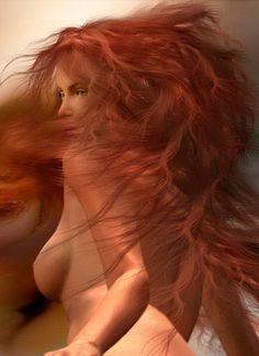 Фото Обнаженная девушка с развевающимися рыжими волосами, фотохудожница Кэрол Каваларис / Carol Cavalaris