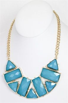 $22.99: On days when you're uninspired by your wardrobe, complete a plain outfit with a bold statement necklace.