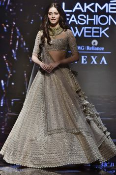 Buy beautiful Designer fully custom made bridal lehenga choli and party wear lehenga choli on Beautiful Latest Designs available in all comfortable price range.Buy Designer Collection Online : Call/ WhatsApp us on : Indian Bridal Outfits, Indian Bridal Lehenga, Indian Bridal Wear, Indian Designer Outfits, Pakistani Outfits, Indian Gowns Dresses, Bridal Dresses, Lehnga Dress, Lengha Choli